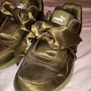 (Rihanna) Fenty Puma Bow Sneaker
